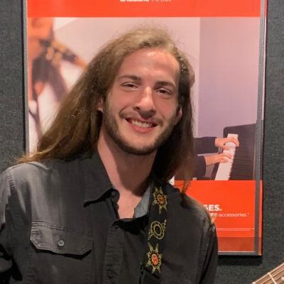 Elliot Bender
