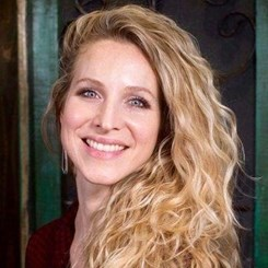 Melanie Lenau